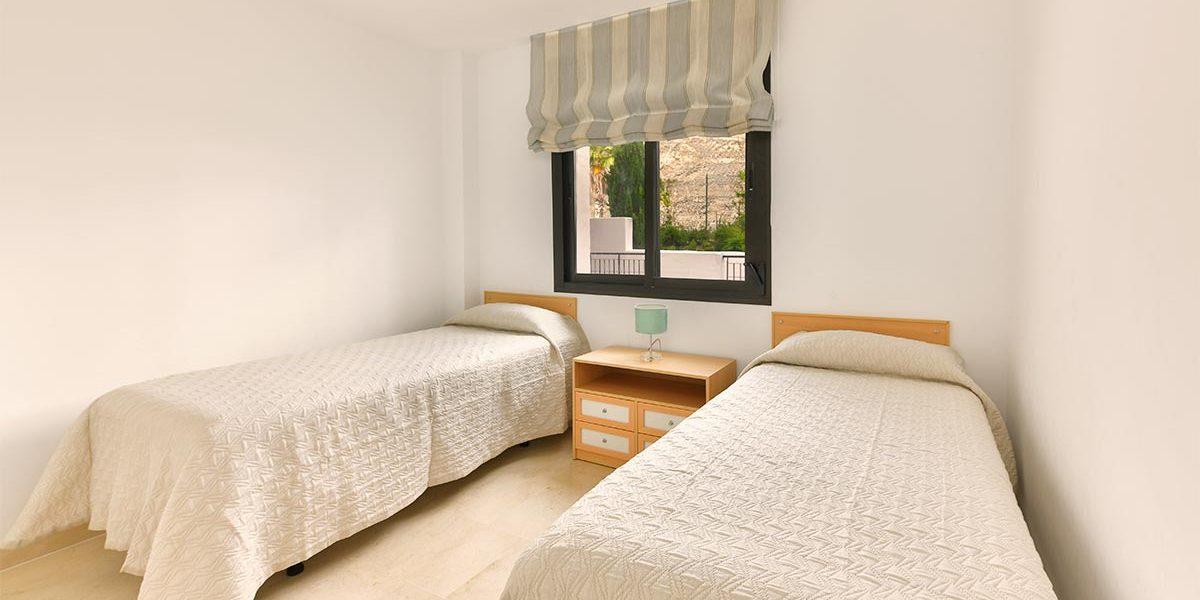 olee-holiday-rentals-apartamento-2-dormitorios-lateral-hab-2