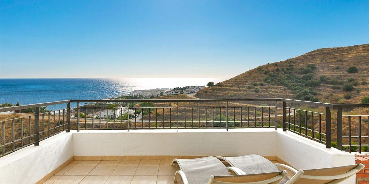 olee-holiday-rentals-apartamento-2-dormitorios-lateral-terraza-1