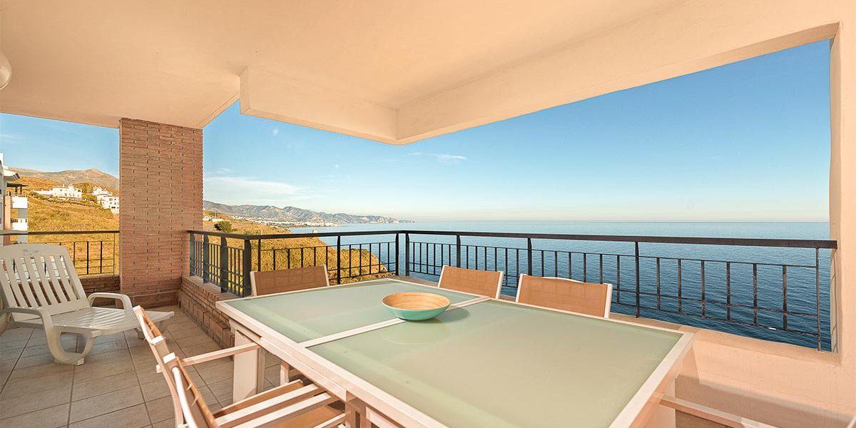 olee-holiday-rentals-apartamento-3-dormitorios-frontal-terraza-1